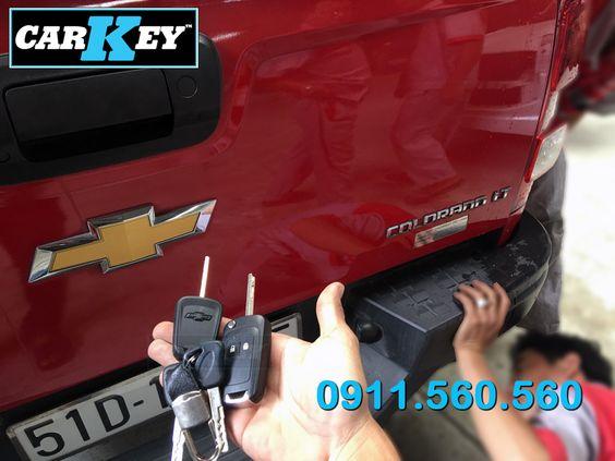 Làm chìa khóa remote Chevrolet Colorado 2013-2018