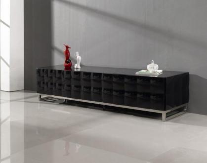 Mobilierenvogue.fr vous présente : SAMARA  Meuble TV laqué, élégant et en vogue.  Ce meuble à effet capitonné s'accordera à merveille avec tous style de salon.  Fonctionnel il est doté de 3 tiroirs coulissants. Produit coup de cœur.