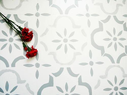 Peindre un carrelage style vieux carreaux ciment - Peindre un sol en ciment ...