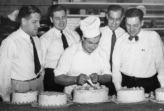 Long before the Cake Boss: Cake Decorating at Hough Home Bakery