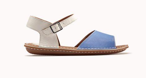 Tustin Sinitta, sandalias Clarks para mujer en cuero blanco