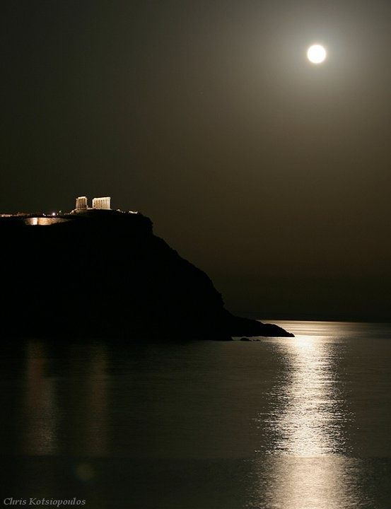 Amazing shot of Cape Sounio and the Temple of Poseidon under a full moon (photo by Chris Kotsiopoulos):