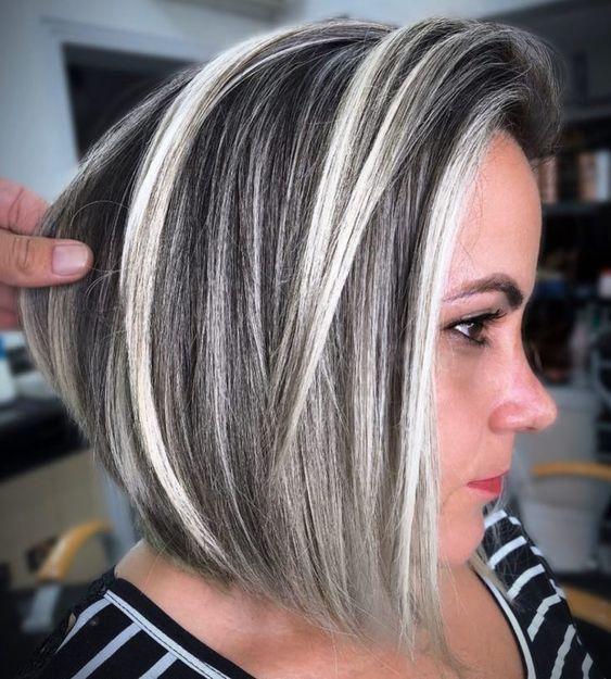 cabelo com luzes platinadas estrutura