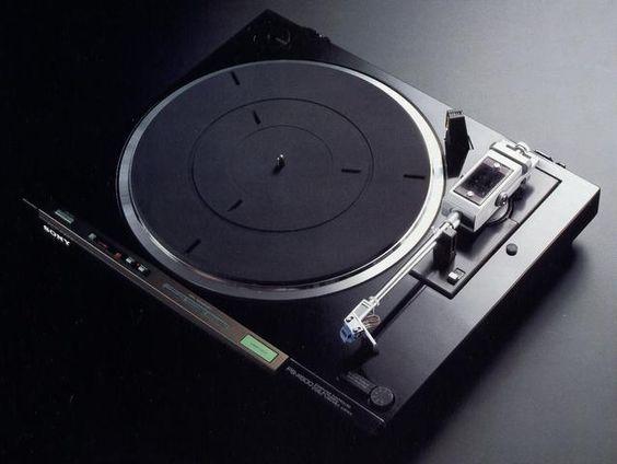 SONY PS-X600  1980: