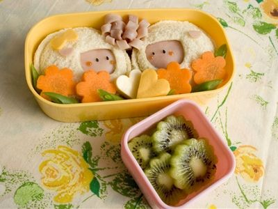 sandwhich: Bento Lunches, Fun Food, Lunch Boxes, Easy Bento, Watering Lunchbox, Box Lunches, Lunchbox Characters