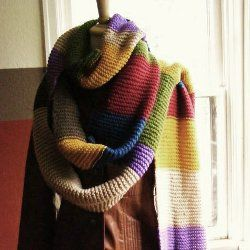 Every Dr. Who fan needs a looooonnnng scarf like the one.