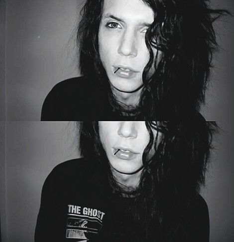 Andy biersack << Dear lordy, son, why are you so freakin beautiful