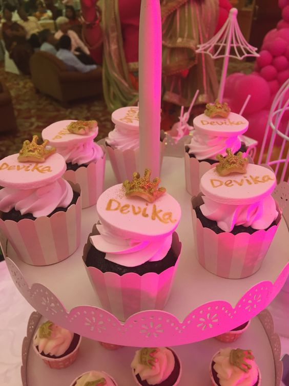 Princess Theme Cupcakes  #buttercupbungalow #cakesfrombuttercupbungalow #creativecakes #designercakes