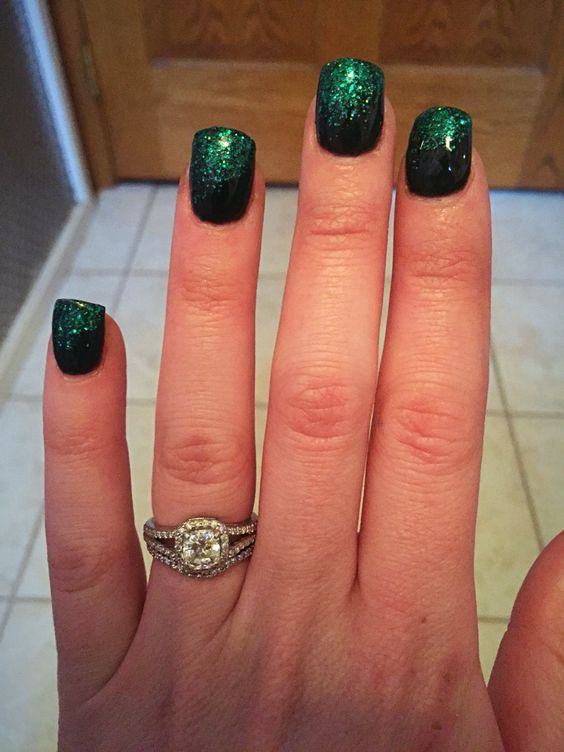 St. Patrick's Day Nails Acrylic nails. Black & Green Glitter.