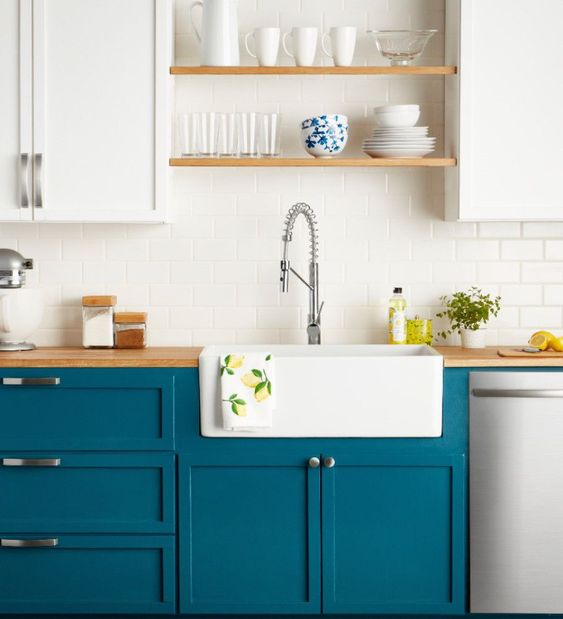 24 Lovely Blue Kitchen Area Cabinet Ideas  #kitchencabinets#kitchendesign#kitchenplayset#kitchenislandideas#kitchentrashcan