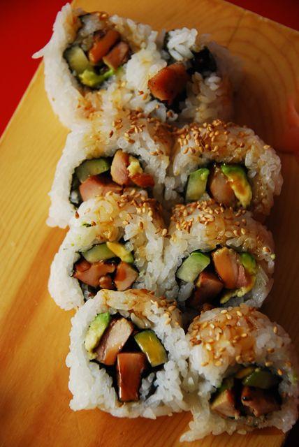 Teriyaki Chicken Roll. notes: add avocado. alternate here: http://jenncuisine.com/2009/05/chicken-teriyaki-sushi/