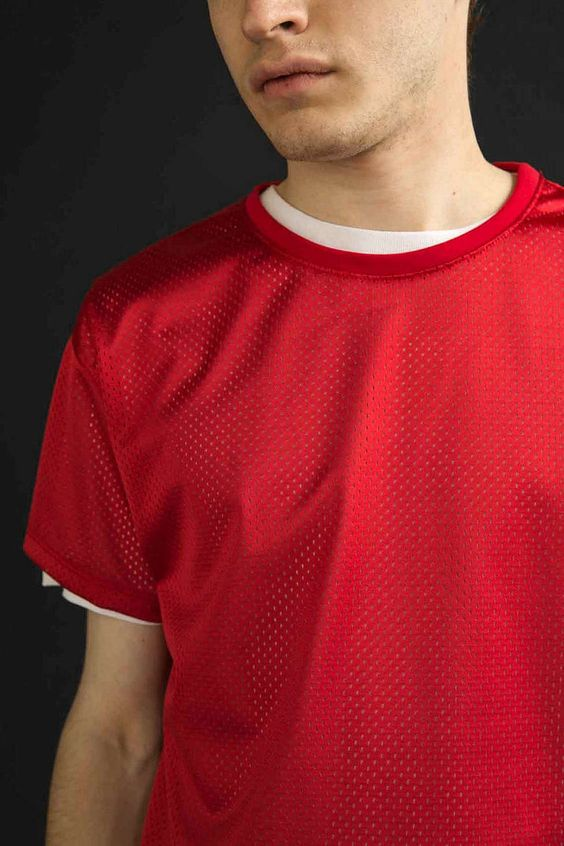 Feathers Poly Mesh Box-Fit Tee