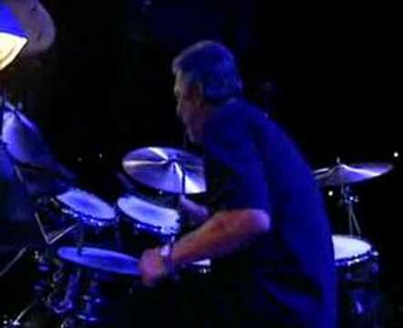 ERIC CLAPTON, SHERYL CROW & DAVID SANBORN perform Little Wing by Jimi Hendrix. Great performance!