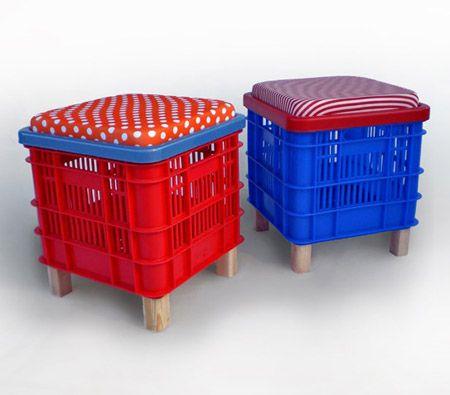 Muebles con cajas de plástico - Disfrutar más consumiendo menos: