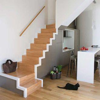 Un escalier gain de place id es deco maison pinterest escaliers sous l - Changer escalier de place ...