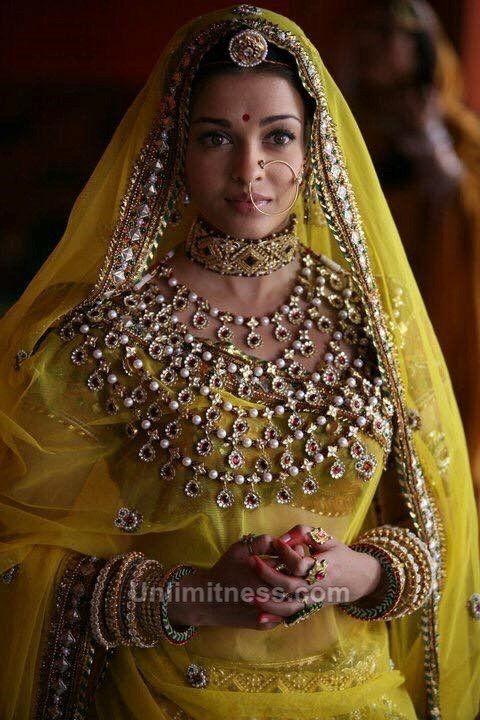 Pin Ot Polzovatelya Jitendrasingh Bhati Na Doske Indian Bridal Jewelry Indijskaya Nevesta Indijskie Aktrisy Byt Zhenshinoj