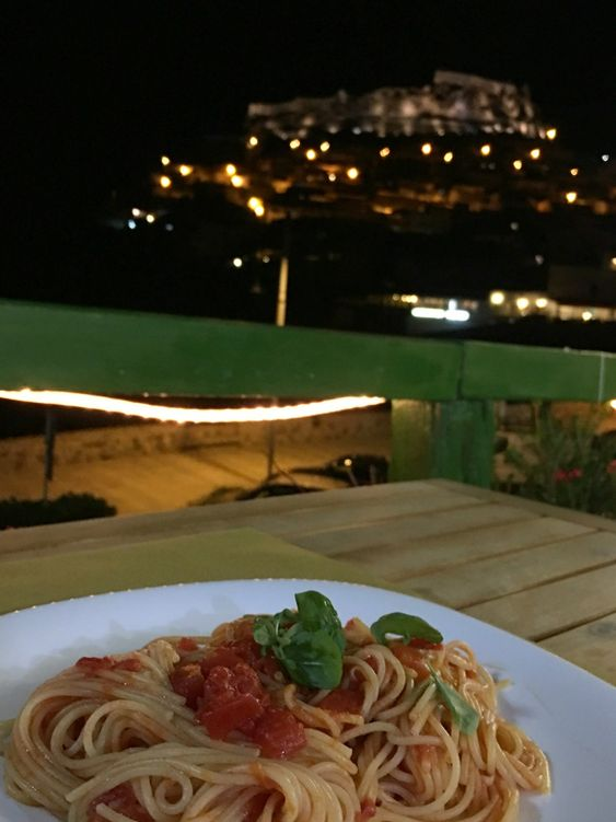 Spaghetti in Castelsardo, Sardinien.