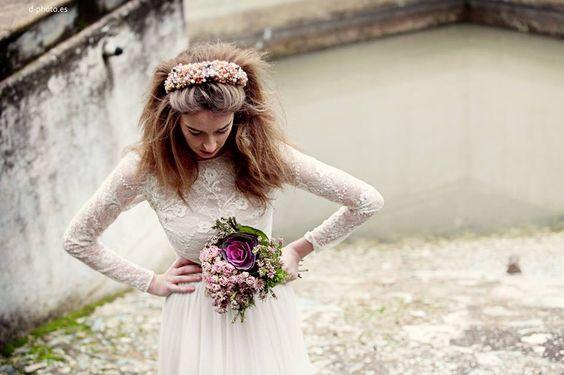 Navascués novias, corona flores novias
