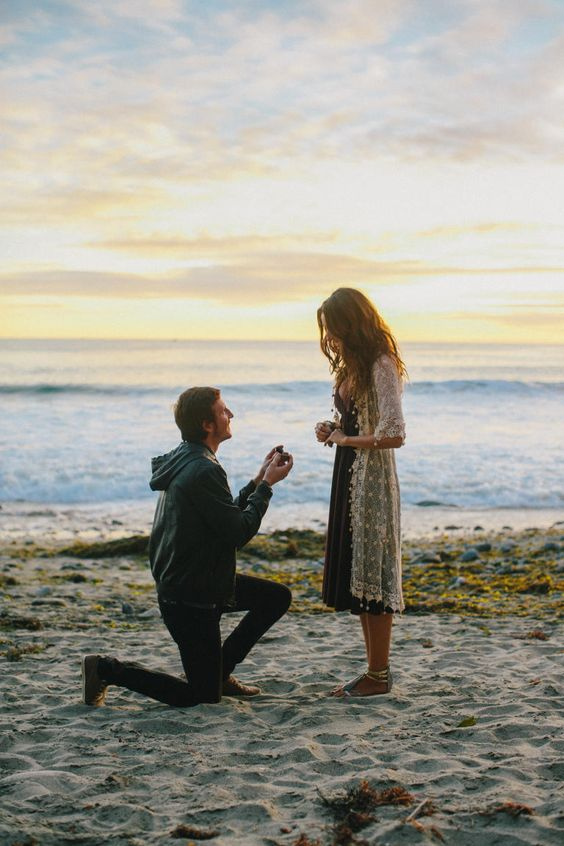 61 adorable marriage proposals. How perfect to catch it all on camera!!
