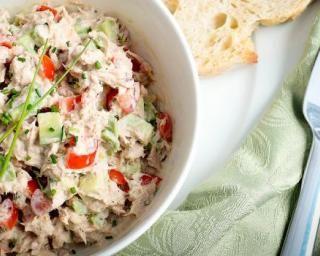 Salade d'avocats au thon et citron : http://www.fourchette-et-bikini.fr/recettes/recettes-minceur/cheesecake-allege-la-mangue-special-bonne-mine.html