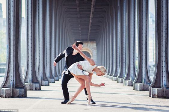 The couple dream of performing for a major circus company or production. Pictured here on the Pont de Bir Hakeim, in Paris http://dailym.ai/1r21iek