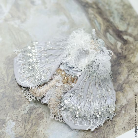 Купить Брошь - Сиреневый мотылёк - бледно-сиреневый, винтаж, винтажный стиль, брошь мотылек, мотылёк