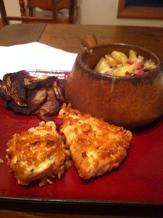 Veri Peri marinated chicken, adult mac n cheese, kohlrabi chips. mmmmmm