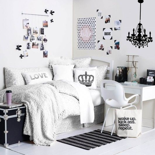 Monochrome maven room dorm college pinterest monochrome for Cuartos para ninas tumblr