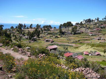 Habitations ile taquile lac titicaca