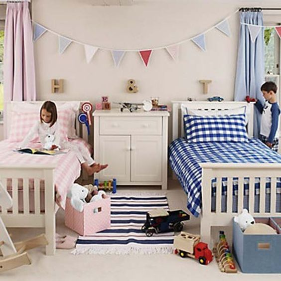 20 brilliant ideas for boy girl shared bedroom the for Bedroom designs for boy and girl sharing