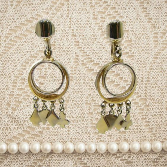 Vintage Alice Dangle Earrings Card Suit by LookingBackBoutique