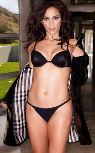 paula-patton-games-1-1-s-307x512.jpg (307×491)