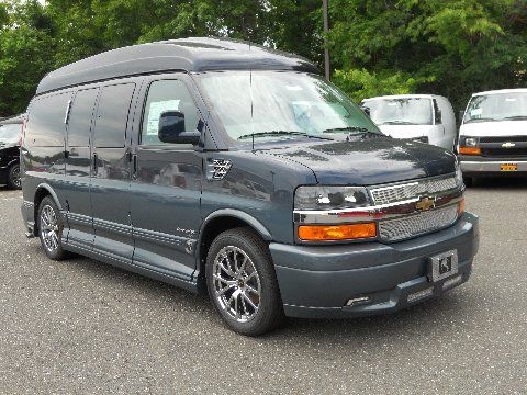 2013 Awd Chevrolet Express Explorer Luxury Conversion Van Luxury