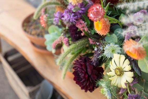 The Perfect Fall Arrangement with Kelli Galloway | west elm