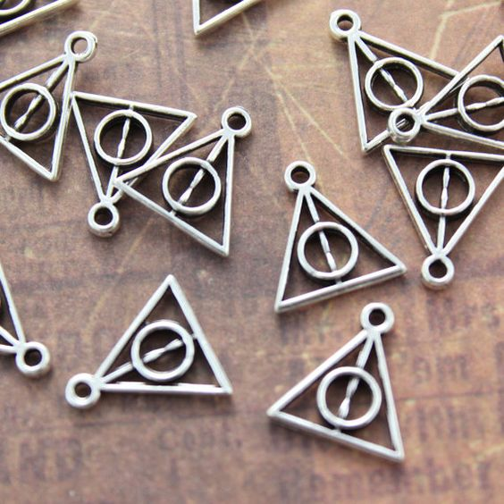20 Tiny Harry Potter Deathly Hallows Triangle by ProperCollection