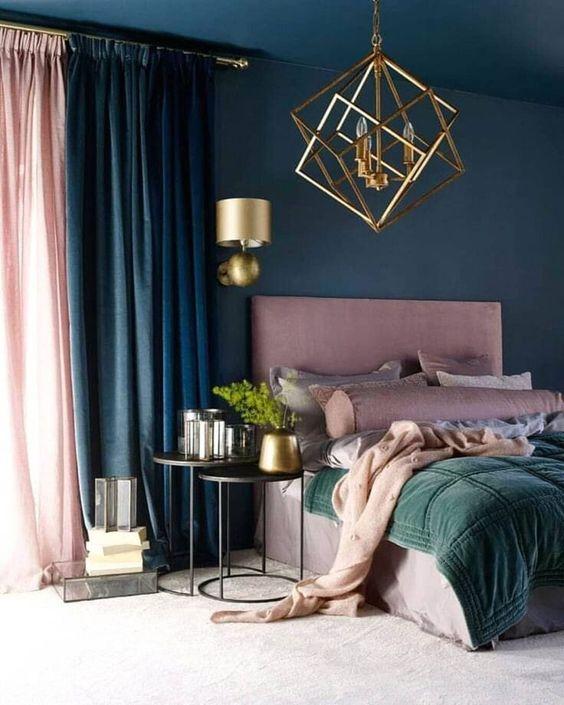 kombinasi 2 warna cat kamar tidur biru dan pink 1