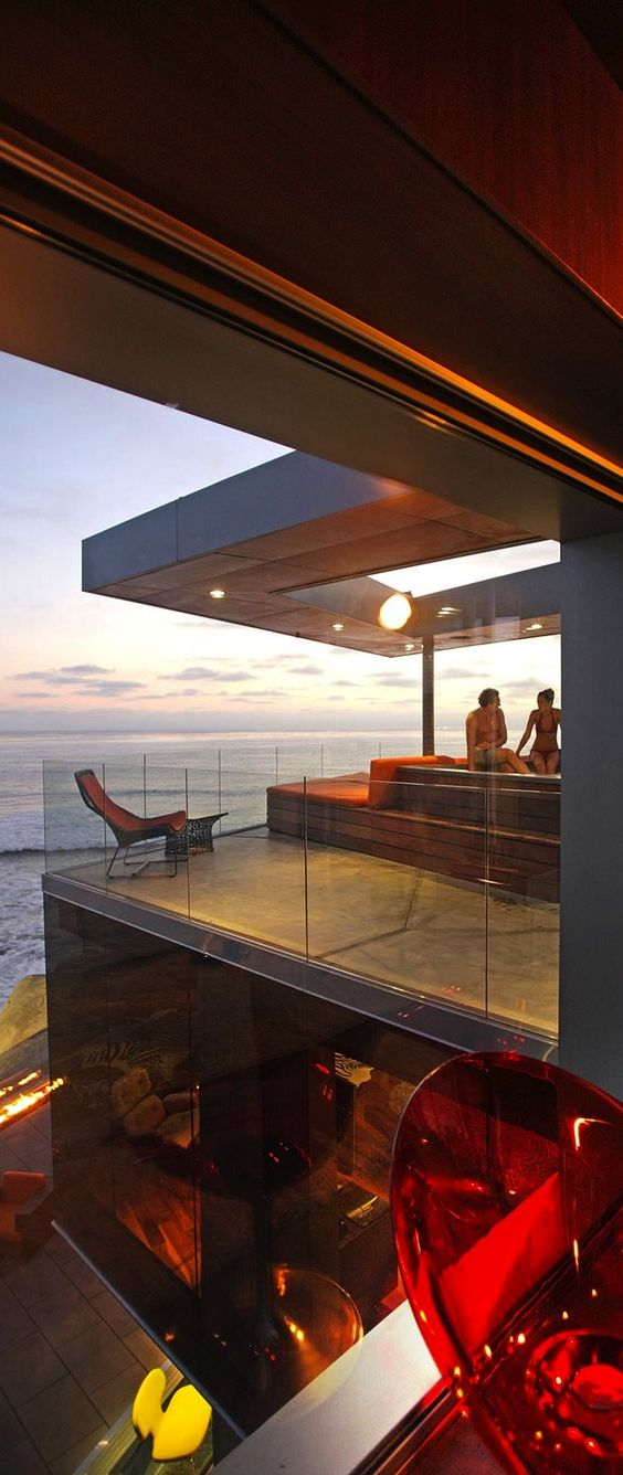 The Millionairesses of California   Ocean Front Jacuzzi   cynthia reccord