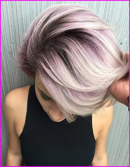 50 Short Hair Color Ideas For Women If You Want A Unique Look You Must Try This Hair Color Color Your Lo Hair Color Unique Blonde Hair Color Short Hair Color