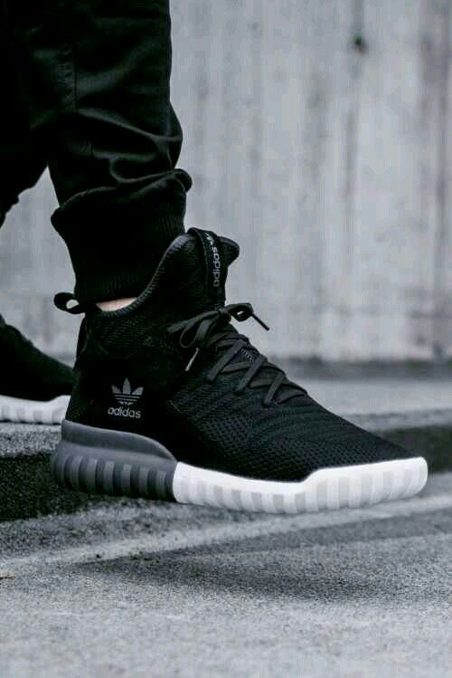 tema longitud Tranvía  Adidas black #Streetwear #shoes for every hyperbeast or everyone into  street / Urban lifestyle #snickers … | Mens shoes online, Cheap mens shoes, Adidas  shoes women