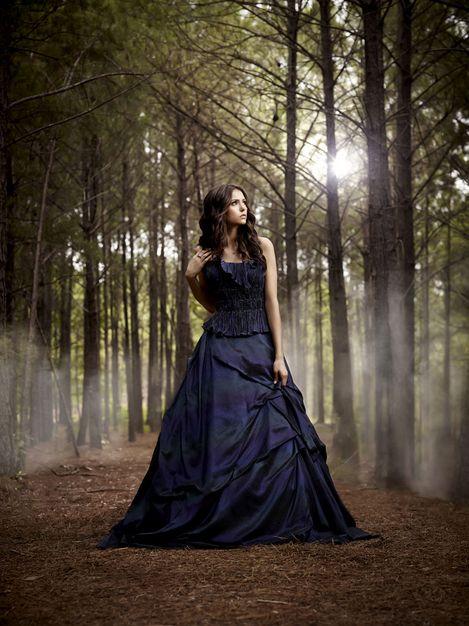 Nina Dobrev Vampire Diaries Season 3