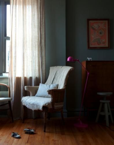 Unexpected, interesting interiors: Kendra Smoot pink lamp.jpg