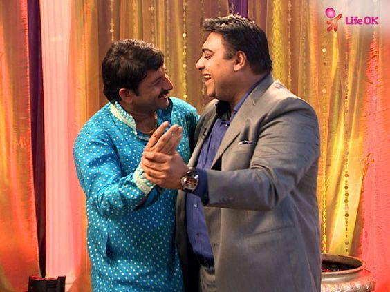 Ram Kapoor and Manoj share a fun moment!