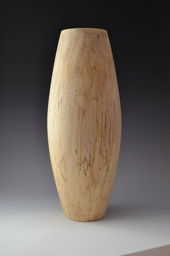 Mountain maple vase 30 inches tall