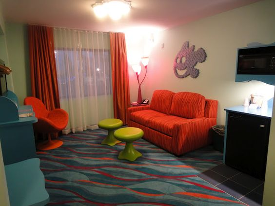 The family suites at The Art of Animation have a full kitchenette, two bathrooms & sleep up to 6 people #DisneySMmoms