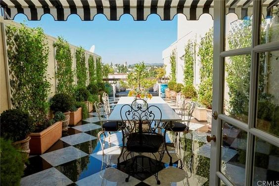 Lauren Conrad Lists Beverly Hills Apartment for $3.2 Million
