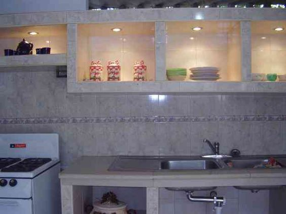 Cocina empotrada en concreto y ceramica imagui pinteres for Ceramica para cocina
