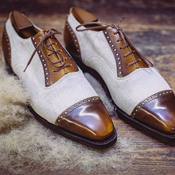 Two-tone making a come back: Pierre Corthay - linen and box calf.