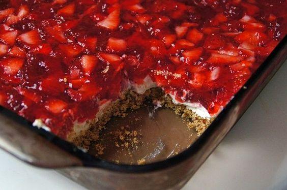 Strawberry Pretzel Dessert #recipe
