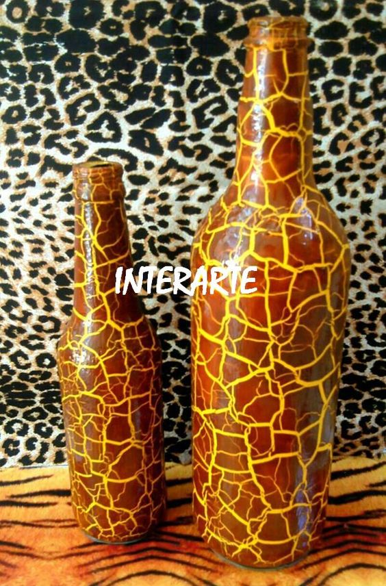 Garrafas pintinhas de girafa interarte