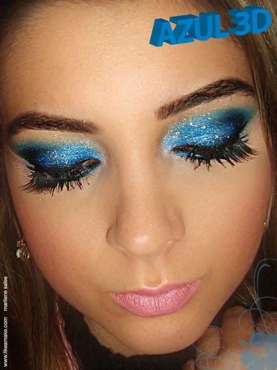 maquiagem com sombra azul 3D